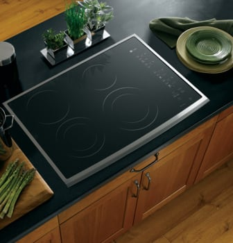 ge profile cleandesign pp950 black surface with stainless steel trim