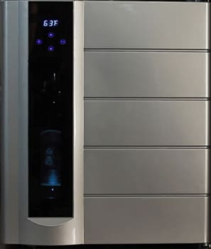 "Avanti WCP13IS - 17"" Wine Chiller Preserver & Dispenser, All in One!"