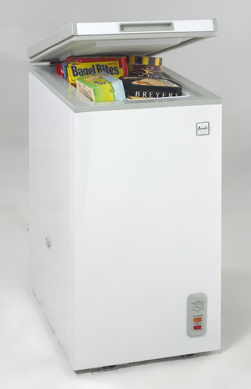 Avanti Cf626 2 1 Cu Ft Chest Freezer With Removable