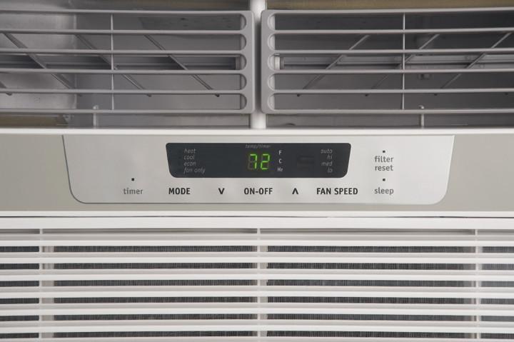Frigidaire Fra12ezu2 12 000 Btu Room Air Conditioner With