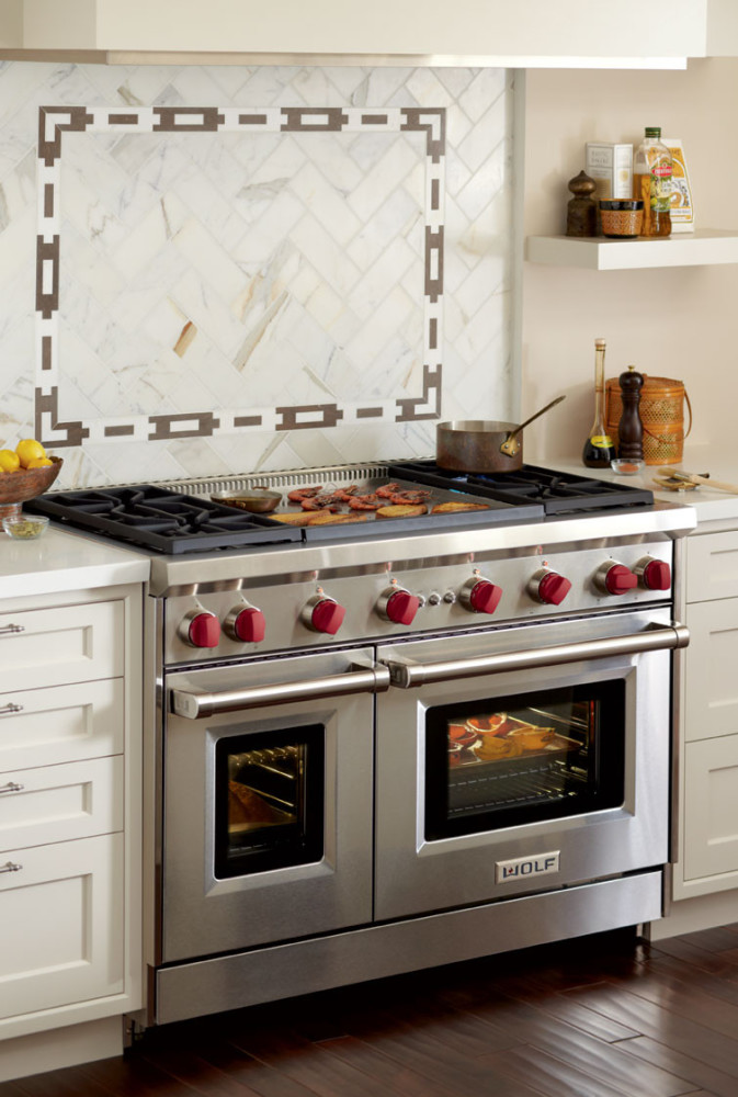 Wolf Gr484dg 48 Inch Pro Style Gas Range With 4 Dual