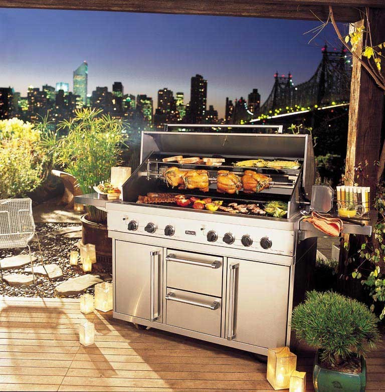 Viking vgbq5304rt 53 inch built in gas grill with 1120 sq for Viking built in grill