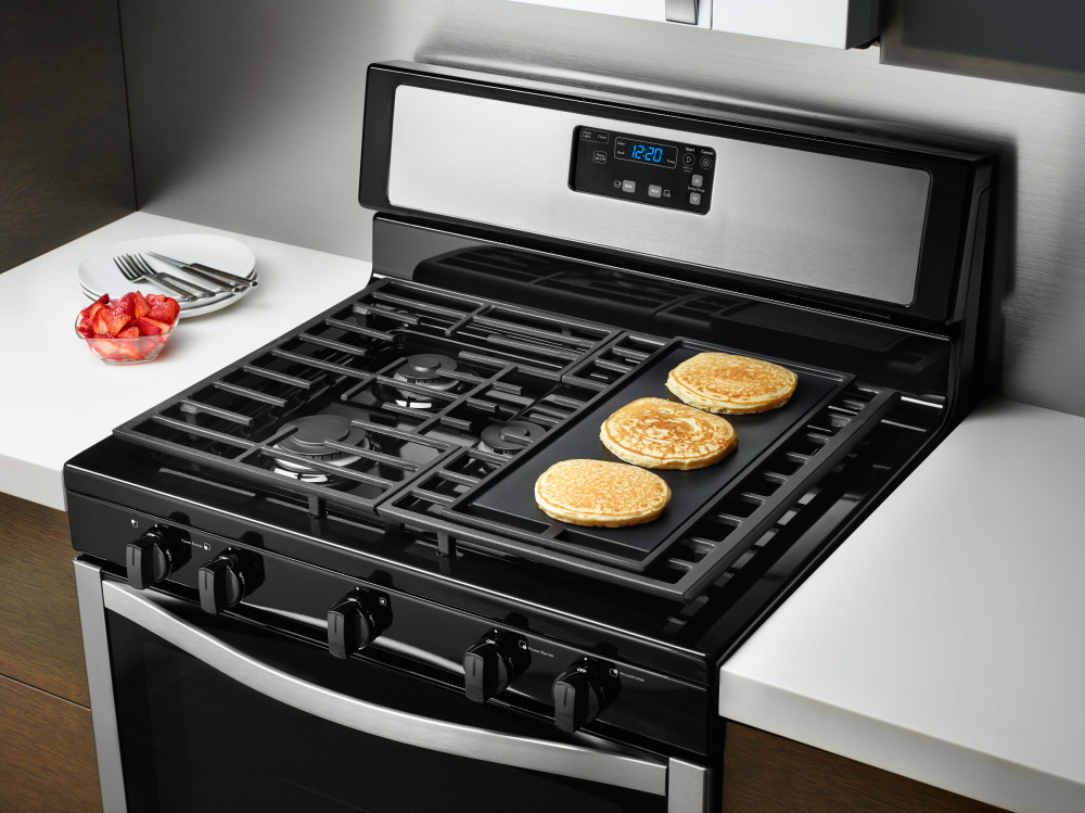 Gas Stove With Griddle ~ Whirlpool wfg m bs inch freestanding gas range with