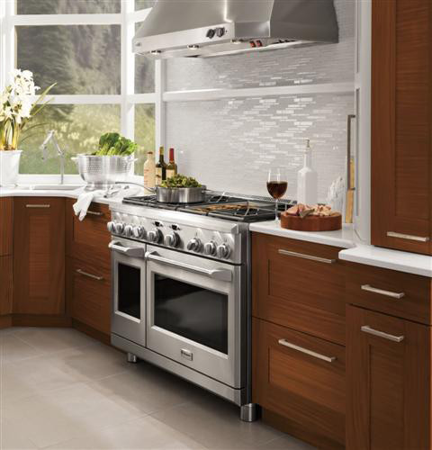 monogram zgp486ndrss 48 inch pro style all gas range with 6 sealed dual flame stacked burners. Black Bedroom Furniture Sets. Home Design Ideas