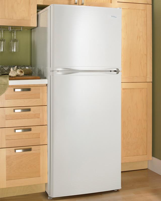 danby dff123c1wdb 12 3 cu ft top freezer refrigerator