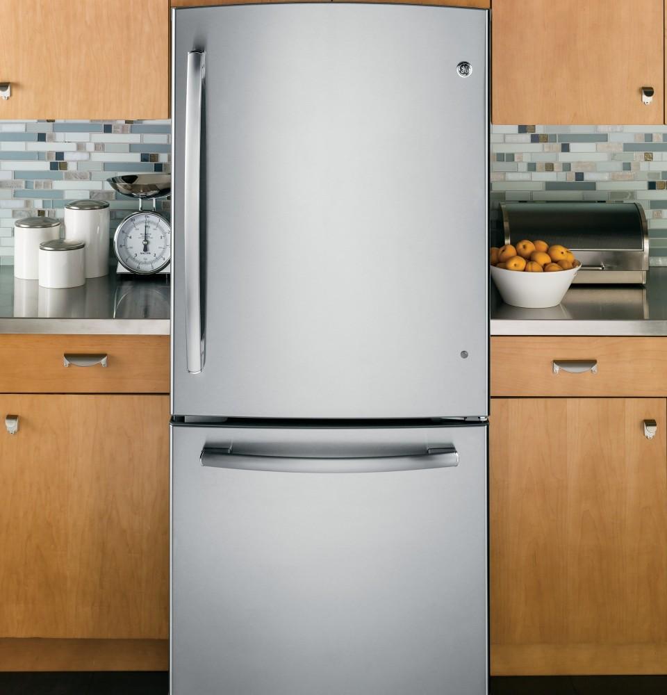 Ge Gde20gshss 30 Inch Bottom Freezer Refrigerator With 20
