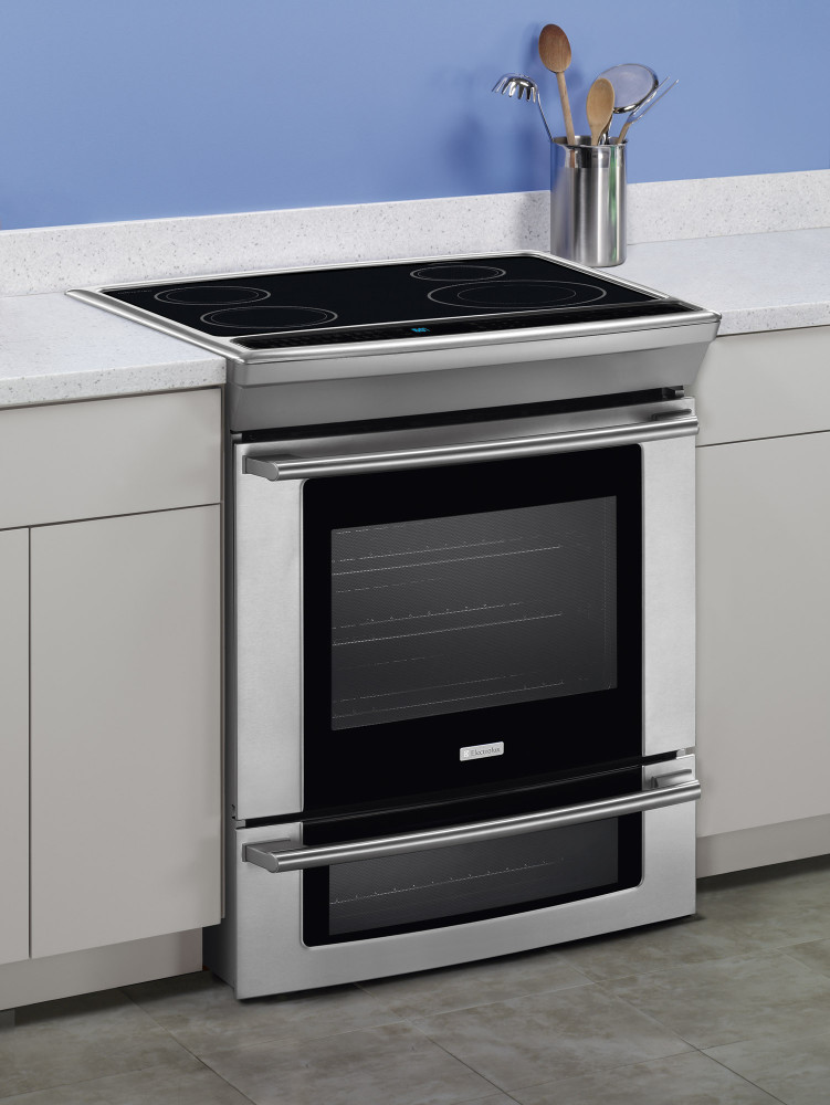 Electrolux Ew30is65js 30 Inch Slide In Induction Range